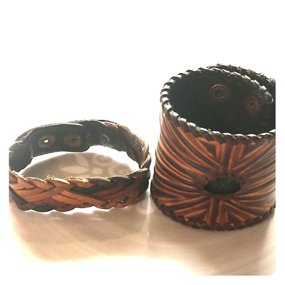 Leather Vintage braclets~unisex Jewelry - ~STUNNING~ ESTATE FIND~2 MENS LEATHER BRACLETS